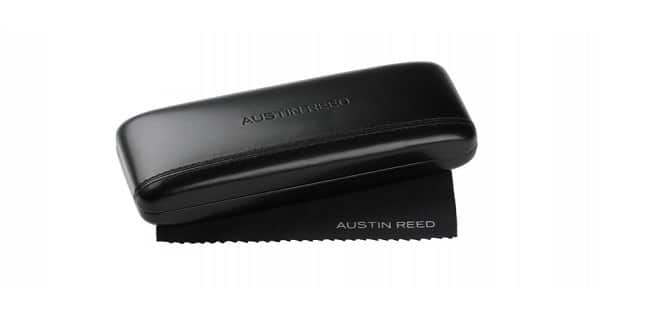 Austin Reed case and lens cleaning cloth